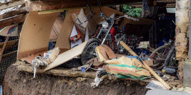 Число погибших из-за наводнений на западе Германии выросло до 141