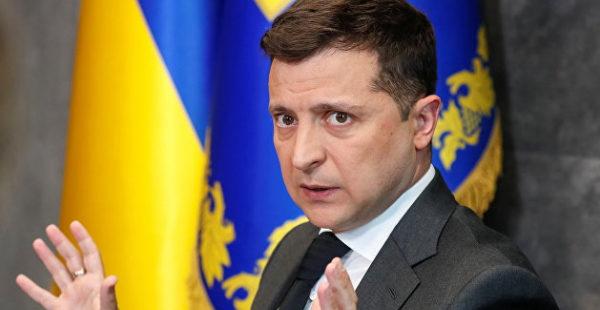 Зеленский попробовал переложить ответственность за Донбасс на РФ