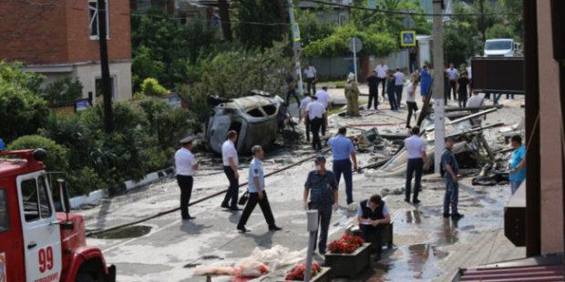 Взрыв газа в гостинице Геленджика повредил пять соседних домов