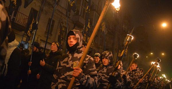 Украинский футбол окончательно стал бандеровским - УАФ сделала обязательным фашистское приветствие