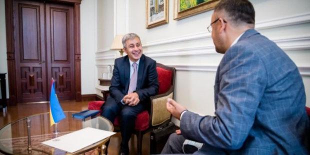 Ереван и Киев выразили готовность к углублению двусторонних отношений