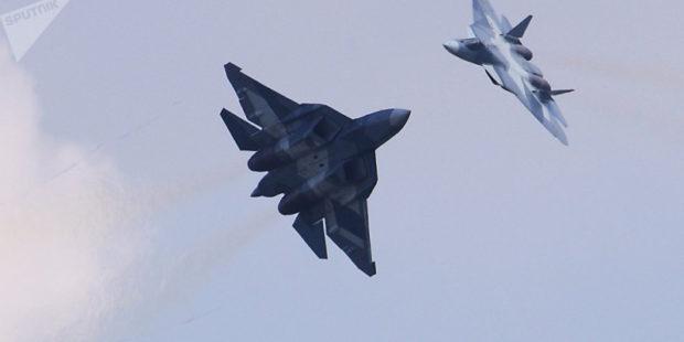 Истребители РФ поднялись из-за самолетов ВВС США над Черным морем
