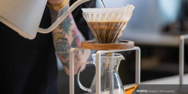 Любителям кофе коронавирус не так страшен, как остальным - новое исследование
