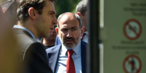"""Не могут открыть """"новый фронт"""": политолог о желании властей сместить мэра Еревана"""