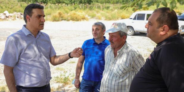 Омбудсмен Армении прибыл в Ерасх: будет составлен доклад по ситуации на границе Армении