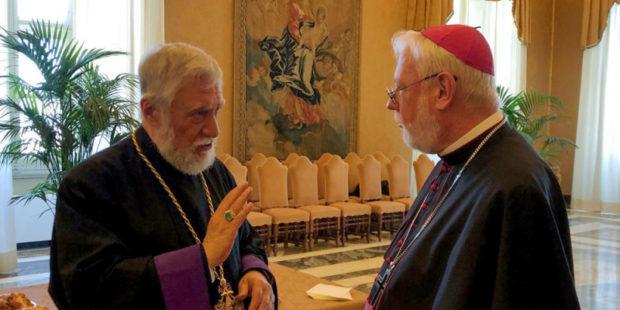Папский нунций приедет в Ереван: Католикос Арам I провел в Ватикане ряд встреч