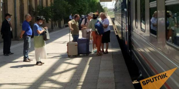 Планируется запуск экспресс-поезда Ереван-Тбилиси: Керобян представил детали
