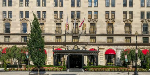 Подборка самых сногсшибательных отелей США: одно из знаковых зданий спроектировал Месробян