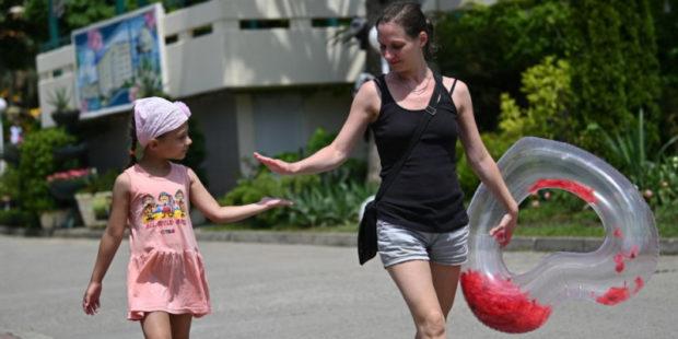 Полтора миллиона детей из-за коронавируса потеряли одного родителя