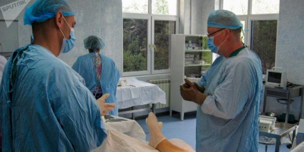 Российские военные врачи проводят в Арцахе операции практически любой сложности