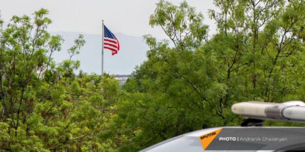 США повысили оценку риска COVID при поездках в Армению