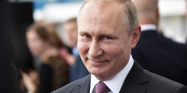 Владимир Путин не поддерживает обязательную вакцинацию от COVID-19