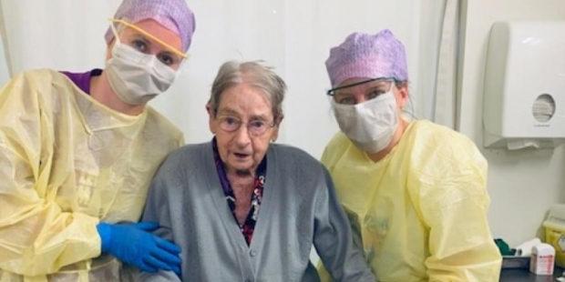 101-летняя пенсионерка исцелилась от коронавируса в Иванове