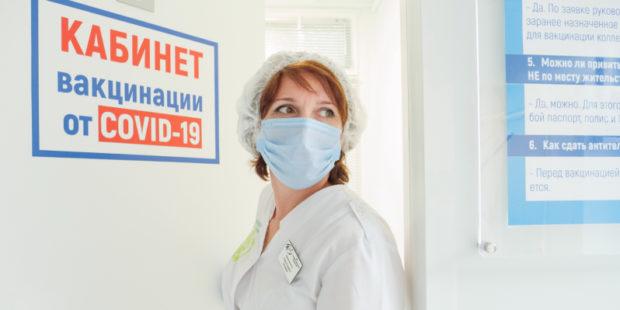 3 пенсионера скончались за один день от COVID-19 в Ивановской области