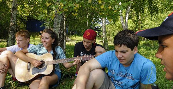 На Украине из детского лагеря выгнали любителей русской музыки