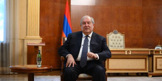 """""""Армения придает особое значение развитию отношений с Индией"""" - Саркисян поздравил коллегу"""