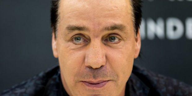 Солист Rammstein Тилль Линдеманн отказался от выступления в Твери