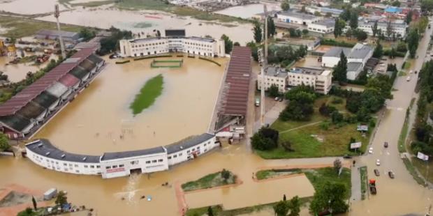 Затопленный центр Керчи сняли с воздуха