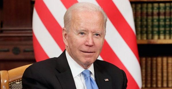 Выращенные США украинские активисты обвинили Байдена в «подрыве» демократического мира