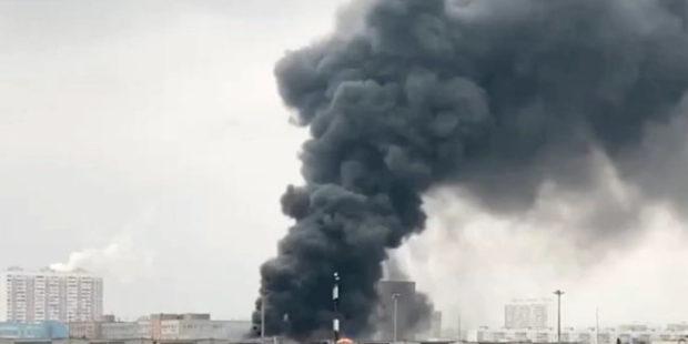 На юге Екатеринбурга произошла утечка химического вещества