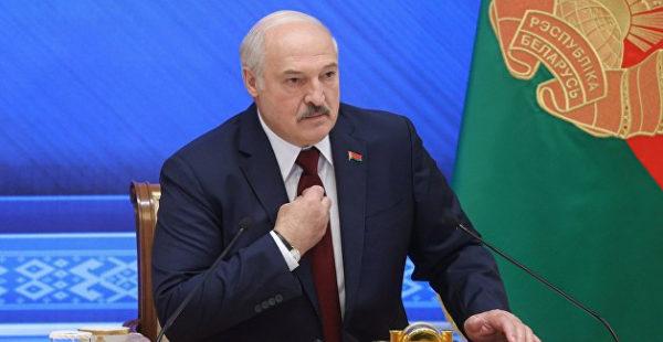 Лукашенко обвинил Ельцина и Горбачева в развале СССР