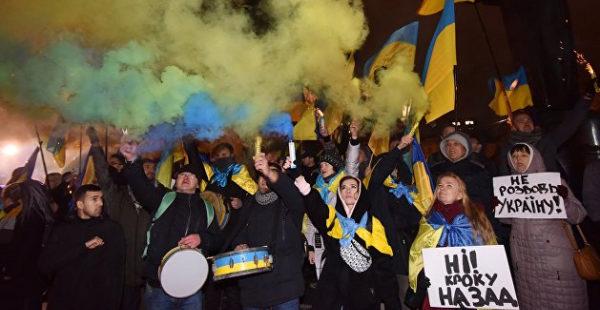 «Майдану нужны спонсоры»: Бондаренко предсказал будущее Украины