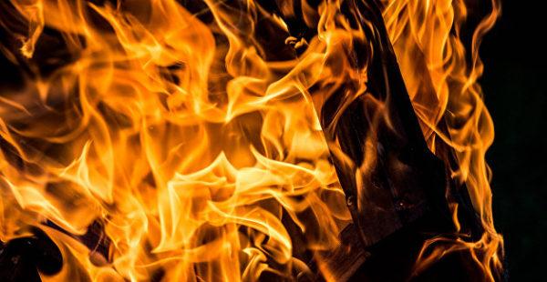 Украинец решил совершить самосожжение у офиса газовой компании