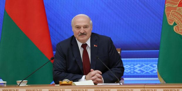 Украинский журналист спросил мужа пресс-секретаря Лукашенко о ревности