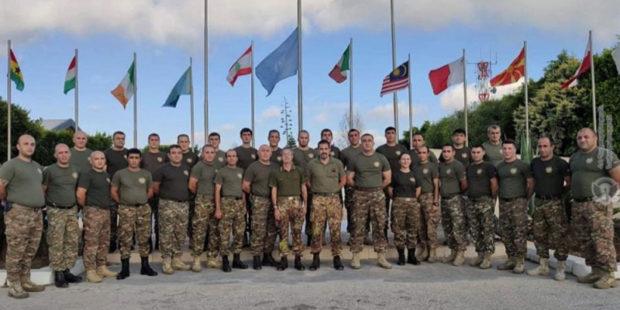 Итальянские военные наградили армянских миротворцев в Ливане