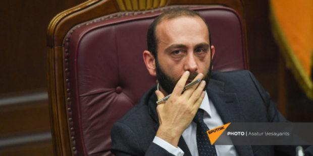 Министр ИД Армении Арарат Мирзоян отправился с рабочим визитом в Москву