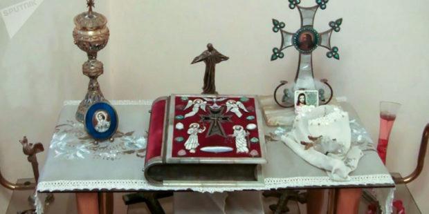 О легендарной хранительнице Красной Библии, над которой поизносили клятву армянские герои