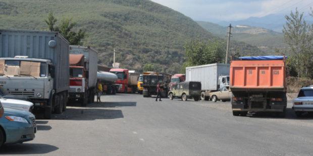Почему большинство фур не смогут доехать до Ирана по объездной дороге - эксперты