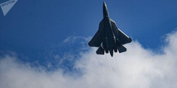 Российский истребитель СУ-57 вызывает большую тревогу у американцев