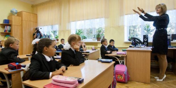 Учителей Ивановской области не будут принудительно прививать от COVID-19