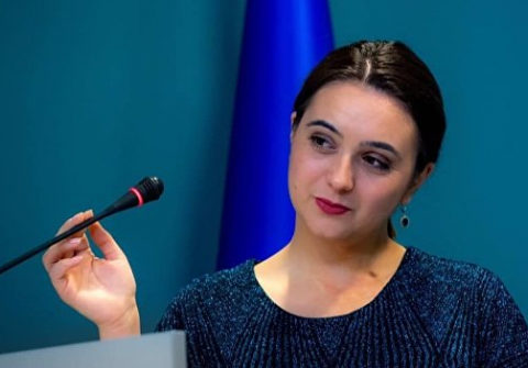 Мендель трудоустроилась на канале Ахметова