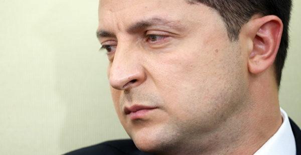 Акция протеста: сотрудники закрытых украинских телеканалов обвинили Зеленского в «зачистке» СМИ