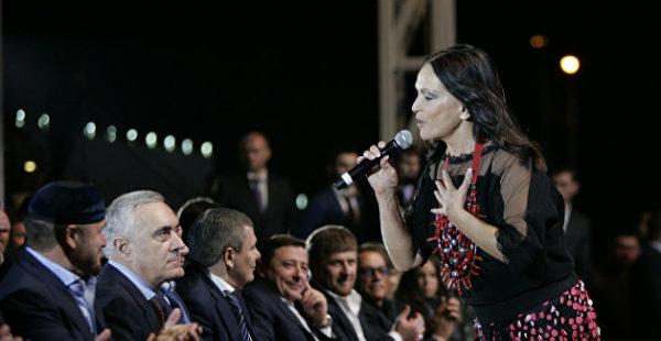 Молодой индус: Ротару нашла новую любовь в Крыму - СМИ