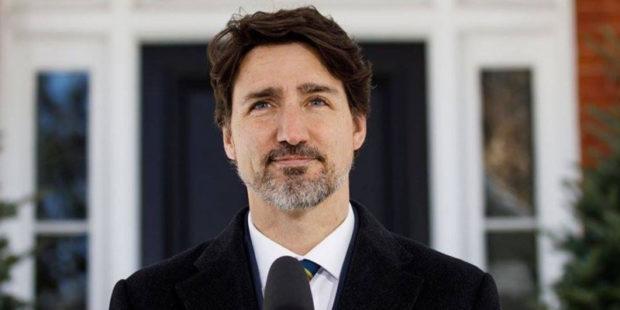 Попадание камнем в телохранителя премьер-министра Канады Джастина Трюдо запечатлели на видео