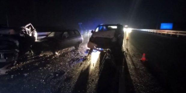 Под Ростовом в ДТП на трассе М-4 в ДТП погибли три человека