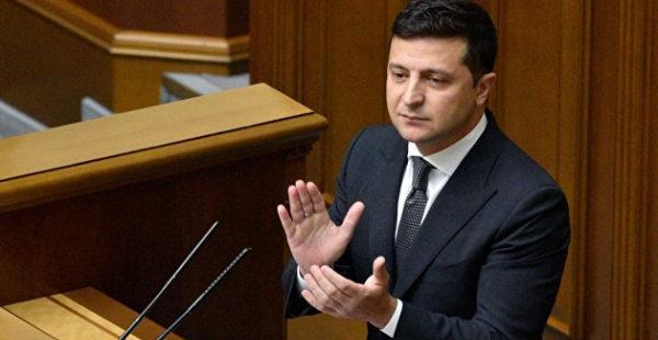 Партия Порошенко подала 11 постановлений против закона об олигархах