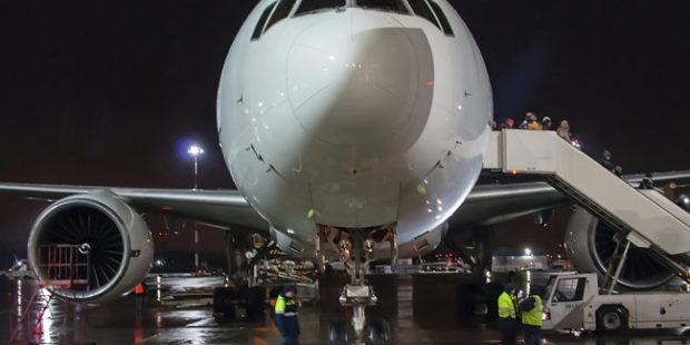 Летевшую из Москвы в Анталью пассажирку сняли с рейса из-за маски