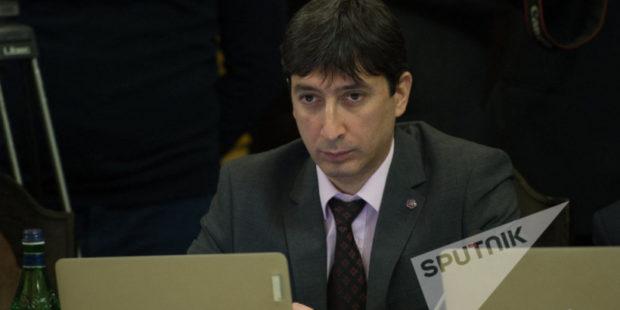 Экс-министр ЕЭК выдвинут в качестве кандидата на пост члена КРОУ Армении