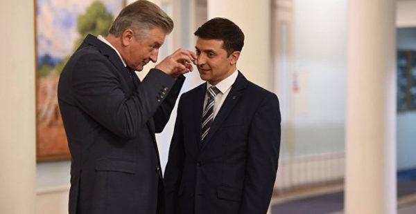 Зеленский наградил орденом коллегу по сериалу «Слуга народа»