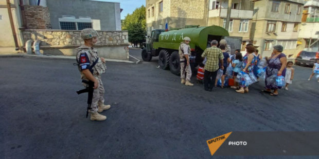 Миротворцы России помогли в обеспечении водой школ Нагорного Карабаха