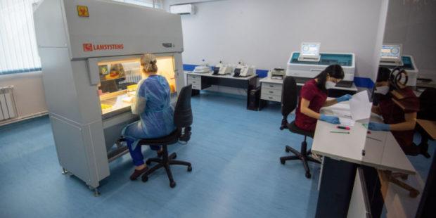 Наложение COVID на грипп беспокоит врачей больше всего - главный педиатр страны