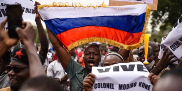 Девять из десяти малийцев воспринимают Россию в качестве друга
