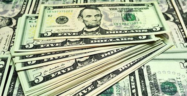 Международные резервы Украины за месяц резко сократились