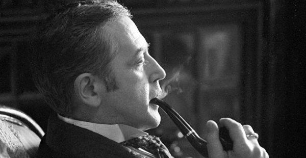 Украинцы в Лондоне пикетировали квартиру советника Зеленского напротив музея Шерлока Холмса