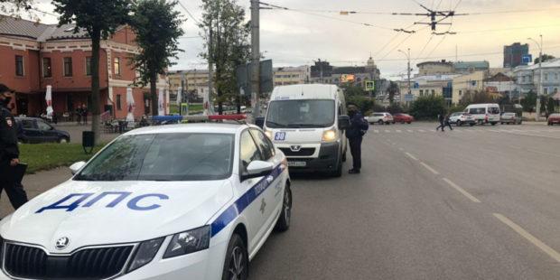 Ивановская полиция снова ловит безмасочников в ТЦ и автобусах