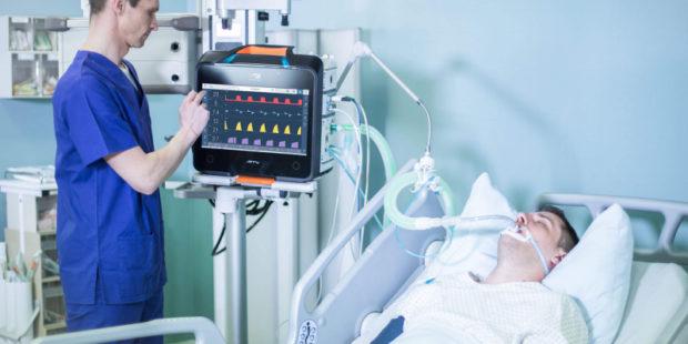 В Ивановской области уже 100 ковид-пациентов подключили к аппаратам ИВЛ